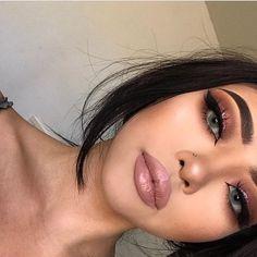 Gorgeous Makeup: Tips and Tricks With Eye Makeup and Eyeshadow – Makeup Design Ideas Glam Makeup, Baddie Makeup, Kiss Makeup, Flawless Makeup, Cute Makeup, Gorgeous Makeup, Pretty Makeup, Full Face Makeup, Makeup Style