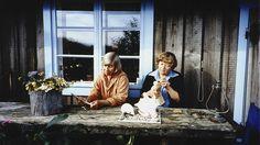 Haru - yksinäisten saati. Dokumentti kirjailija Tove Janssonin ja taidegraafikko Tuulikki Pietilän kesistä Harun (Klovharu) luodolla Suomenlahdella 1970 - 1991. Lukija Birgitta Ulfsson.