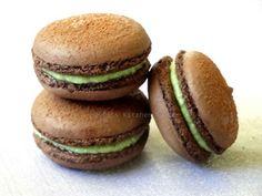 HESTI'S   KITCHEN : yummy for your tummy: Chocolate Macaron ... finally !!