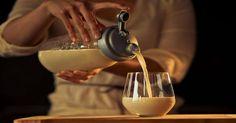 Овес — эликсир жизни — поднимет на ноги даже самого тяжелого больного: решает многие проблемы со здоровьем и восстанавливает силы. ОЗДОРОВИ СЕБЯ САМ! Проверенными методами! Можно просто пить как чай: 1 ст. ложка овса на 2 стакана воды, кипятить около часа на медленном огне, под крышкой. Один из самых лучших рецептов для оздоровления. Один стакан