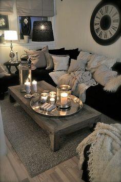 living room sofa ideas Rooms Home Decor, Easy Home Decor, Decor Room, Cheap Home Decor, Room Decorations, Romantic Decorations, Black Room Decor, Home Decoration, Beautiful Decoration