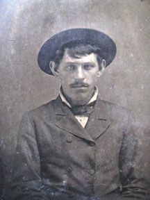 "DAVE RUDABAUGH---Birth: 	Jul. 14, 1854  Fulton County  Illinois, USA  Death: 	Feb. 18, 1886, Mexicowas an outlaw and gunfighter in the American Old West. Modern writers often refer to him as ""Dirty Dave""[citation needed] on account of his alleged aversion to water, no evidence has emerged to show that he was ever referred to as such in his own lifetime. He was part of Billy the Kid's Gang"