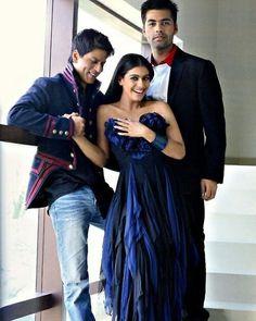 Have a nice day all ❤ One of my favorite pic #SRKajol  @iamsrk  @kajol  . . #shahrukhkhan #shahrukh #kingkhan #kajol #kingofbollywood #bestcouple #baadshah #bollywood #kingofromance #kingofhearts #angelonearth #bestidol #karanjohar #srkians #srk #srkian #india #indian
