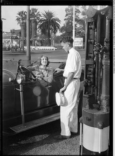 Service with a Smile, Los Angeles, 1928