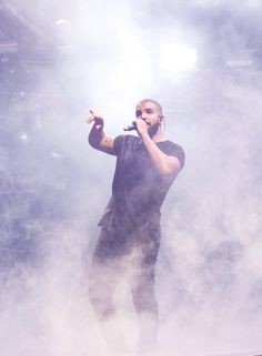 "drizzydrehk: ""Drake performing at Wireless 10 in London """