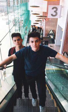 Dolon Twins