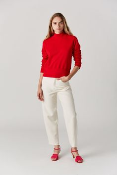 French Terry sweatshirt with exaggerated neck and sleeve hem. cotton Made in the USA Model is wearing a S. Model is a US 2 in dresses & bottoms, 26 denim and S in tops.