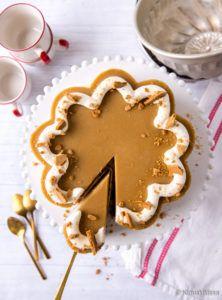 Kinuskipipari | Reseptit | Kinuskikissa Sweet Desserts, No Bake Desserts, Sweet Recipes, Delicious Desserts, Dessert Recipes, Yummy Food, Just Eat It, Sweet Pastries, Something Sweet