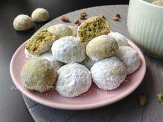 VÍKENDOVÉ PEČENÍ Christmas Treats, Christmas Cookies, Baked Goods, Cheesecake, Eggs, Baking, Fruit, Breakfast, Pastries