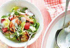Salade-repas au #saumon grillé et aux #fraises #salade