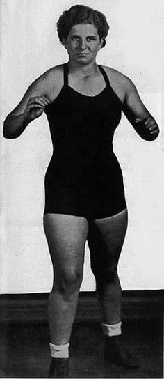 "Gladys ""Kill 'Em"" Gillem - Classic Womens Pro Wrestling"