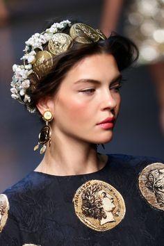 Modern Royalty Makeup