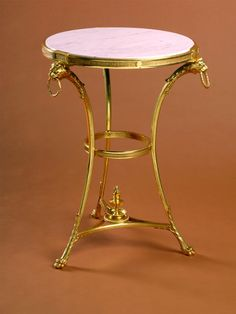 Type : Gueridons & tables Style : Neo classical Material : Bronze Delisle