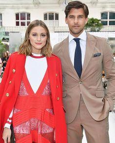 #OliviaPalermo (@oliviapalermo) y #JohannesHuebl (@johanneshuebl) son una de las parejas con más estilo en el #PFW. Conoce la lista completa en marieclaire.com.mx.  #MCLook : Getty Images . . . #couple #fashion #fashionweek #paris #like #inspiration #couplegoals #relationshipgoals #follow #happy #look #red via MARIE CLAIRE MEXICO MAGAZINE OFFICIAL INSTAGRAM - Celebrity  Fashion  Haute Couture  Advertising  Culture  Beauty  Editorial Photography  Magazine Covers  Supermodels  Runway Models