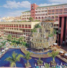 Cascata cenográfica de 6 andares. Hotel Jacaranda.Tenerife Espanha.