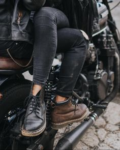 Get on your bike in DM's with durable, rugged style. Dr Martens Stil, Dr. Martens, Biker Couple, Motorcycle Couple, Biker Photoshoot, Blitz Motorcycles, Mode Rock, Wow Photo, Martens Style
