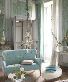 Robin Blue, White & Gorgeous Green Brocade Walls!