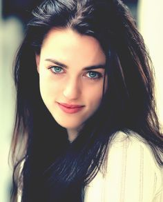 Katie McGrath U. likes. Katie McGrath is best known for portraying Morgana on the BBC One series Merlin Katie Mcgrath Hot, Pretty People, Beautiful People, Irish Women Beautiful, Beautiful Eyes, Gorgeous Girl, Lena Luthor, Natural Blondes, Jacqueline Fernandez
