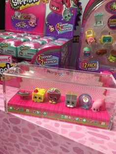 Hooray! We're sharing a big reveal of Shopkins Season 5 in our video before their launch in stores on May 1st. Take a peek at the Shopkins Season 5 collection. We were able to check out the NEW Season 5 Shopkins at a special toy showcase in NYC yesterday and took lots of photos and …
