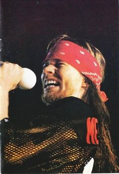 Guns N' Roses, Axl Rose, Use Your Illusion World Tour 1991-93