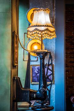 la Joben Bistro, un loc desprins din cărțile lui Jules Verne Jules Verne, Table Lamp, Lighting, Home Decor, Table Lamps, Decoration Home, Room Decor, Lights, Home Interior Design