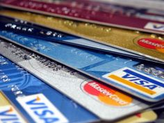 With credit cards, come high interest rates and the danger or spending too much. To find the advantages associated to credit cards, read this guide for more information.