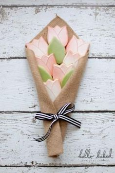 tulip bouquet | hello baked by tamra
