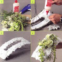 a bunch of Tomas de Bruyne - demo on how to make this unique bridal bouquet Flower Arrangement Designs, Modern Flower Arrangements, Flower Designs, Modern Floral Design, Flora Design, Diy Flowers, Flower Decorations, Wedding Flowers, Deco Floral