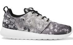 Nike-Roshe-One-Floral-Sneaker