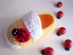 Ladybug Crochet Baby Booties  Size from 012mos by mymayamade, $20.99