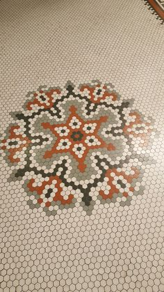 SM Cnty History Museum 2nd flr Penny Tile Floors, Mosaic Floors, Floor Patterns, Mosaic Patterns, Quilting Tools, Quilting Designs, Hexagon Quilt Pattern, Hex Tile, English Paper Piecing