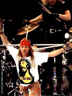 Axl Rose, Freddie Mercury Tribute Concert, Wembley Stadium, April 20, 1992. - GUns N' Roses