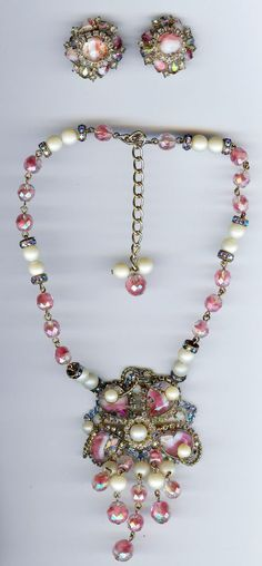 HOBE VINTAGE PINK ART GLASS RHINESTONE & DANGLY CRYSTALS NECKLACE & EARRINGS SET