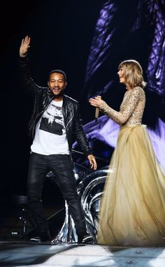 Taylor and special guest John Legend performed All Of Me during the 1989 World Tour in Los Angeles night four! 8.25.15