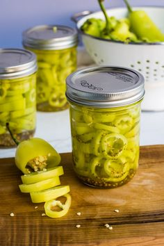 This is the BEST easy pickled banana peppers recipe! Sweet, salty and vinegary and only 5 ingredients so it's super easy! Canned Banana Peppers Recipe, Sweet Banana Peppers, Stuffed Banana Peppers, Stuffed Sweet Peppers, Refrigerator Pickled Banana Peppers Recipe, Refrigerator Pickles, How To Pickle Peppers, Canning Banana Peppers, Sauces