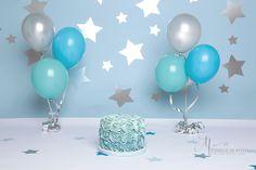 Stars themed smash a cake photoshoot