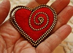 How to make a felt and zipper heart brooch pdf tutorial