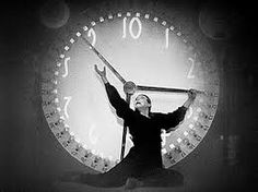 Metropolis (1957) clock