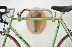 Hunting Trophies: Repurposed Vintage Bike Parts Converted into Functional Taxidermy Racks upcycling taxidermy sculpture humor bicycles antlers Bike Storage, Hanging Storage, Storage Hacks, Storage Ideas, Smart Storage, Bicycle Hanger, Diy Bike Rack, Bike Stand Diy, Hanging Bike Rack