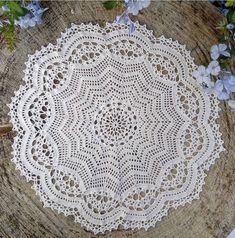 Crochet Doily Diagram, Crochet Motif, Crochet Doilies, Crochet Rugs, Doily Patterns, Crochet Patterns, Thread Crochet, Happy Friday, Dream Catcher