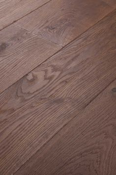 Deep Smoked Natural. For fans of ageing gracefully. A floor full of character, like your favourite uncle or aunt. Chapel Parket wooden flooring.