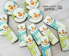 Snowman cookies by Funky Cookie Studio