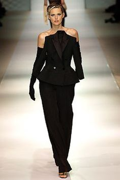 Jean Paul Gaultier Spring 2003 Couture Fashion Show - _Illusion_