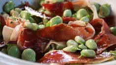 Broad beans with pata negra ham