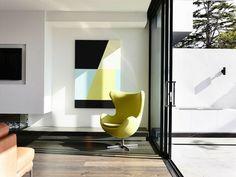 Couleurs tendances, mobilier moderne pour cette demeure chic