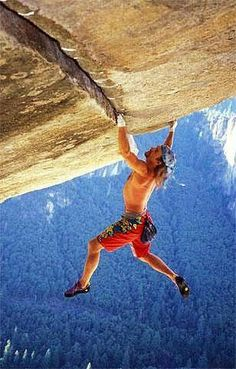 www.boulderingonline.pl Rock climbing and bouldering pictures and news Heinz Zak free solo