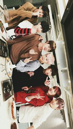 Read BTS from the story kpop wallpaper by (▪Aware▪) with 959 reads. for boys kpop wallpaper - BTS