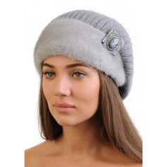 Женская меховая шапка из голубой норки