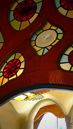 Casa Batlló. Gaudi by Mistapiggeh, via Flickr