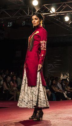 PCJ Delhi Couture Week 2013 / Anju Modi / © PraatikaM on Behance